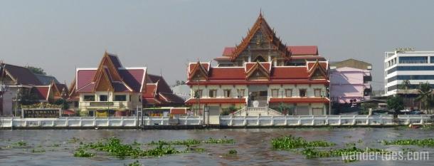 chao-phraya-temple