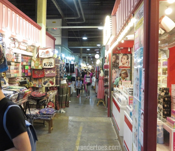 Asiatique Shops.jpg