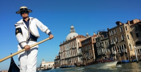 Alex Hai:  The Private, Romantic, Gondola Ride in Venice
